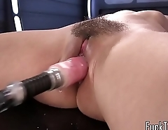 Spex babe squirts during machine time