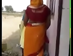 Local bhabhi dance