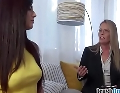 Scarlett Mae in Family Sex Therapy