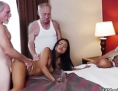 Old mature fuck and daddy boss'_s daughter fun Staycation with a Latin