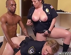 Milf fingers herself to orgasm Black Male squatting in home gets our