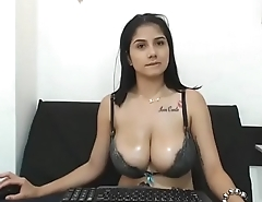 Stunning chat girl with nice tits