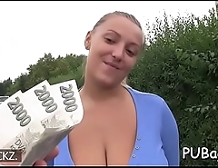 Babe thrills with her oral job